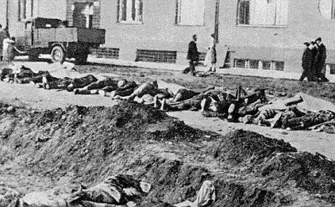 https://i0.wp.com/img.radio.cz/pictures/historie/postoloprty_masakr.jpg