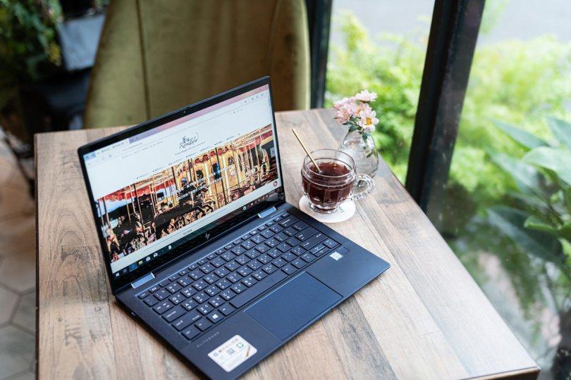 HP-elite-dragonfly-觸控筆電-高階商務筆電-頂級筆電-輕量