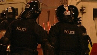 Belfast - 22 PSNI officers injured in riots