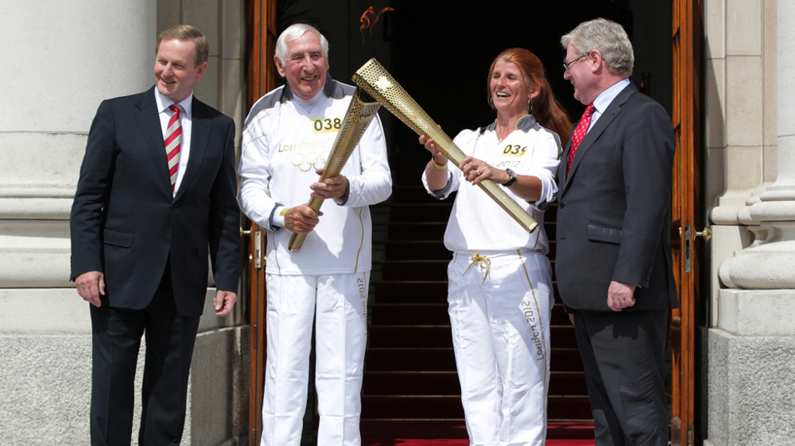 Thousands Turn Out To See Olympic Torch In Dublin