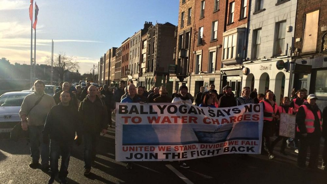 Marchers take to the streets of Dublin following the imprisonment of activists campaigning against the imposition of water taxes in Ireland and the increasing politicization of An Garda Síochána and the courts