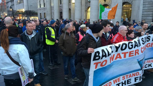 Protesters marching from the GPO in the direction of Mountjoy Prison