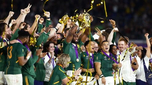 Siya Kolisi of South Africa lifts the Web Ellis Cup