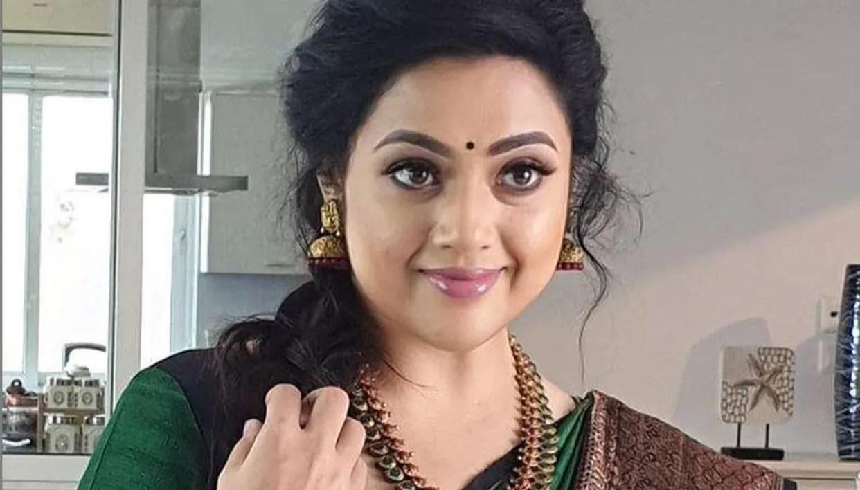 Meena's career net worth as she celebrates her birthday & starts shooting  for 'Drishyam 2'