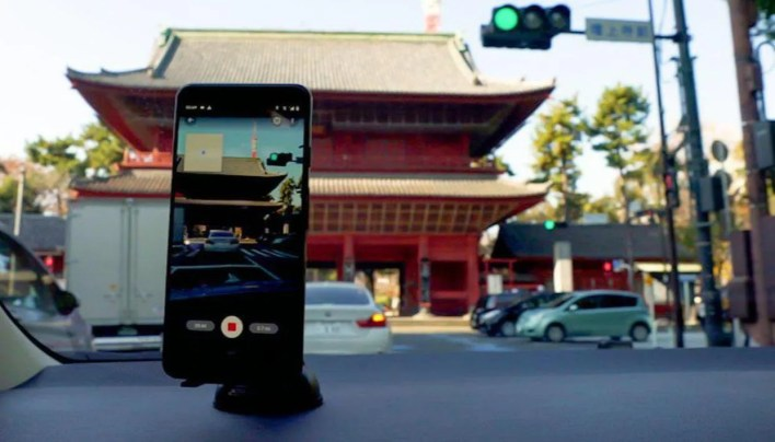 Google Maps now lets anyone upload Street View photos with just a phone