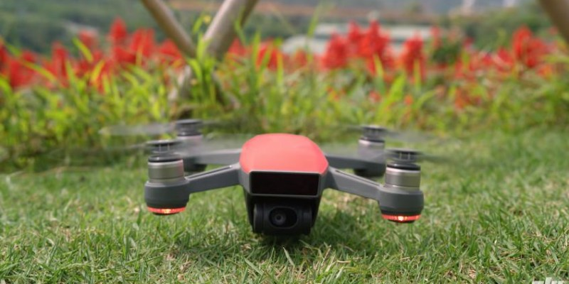 大疆 DJI SPARK空拍機|手勢及掌心操作、多種飛行模式|讓你盡享飛行樂趣