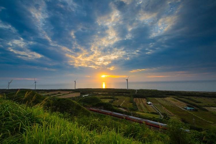 苗栗》後龍好望角 海景步道 情侶親子聖地  風力發電風車 Instagram 熱門打卡點