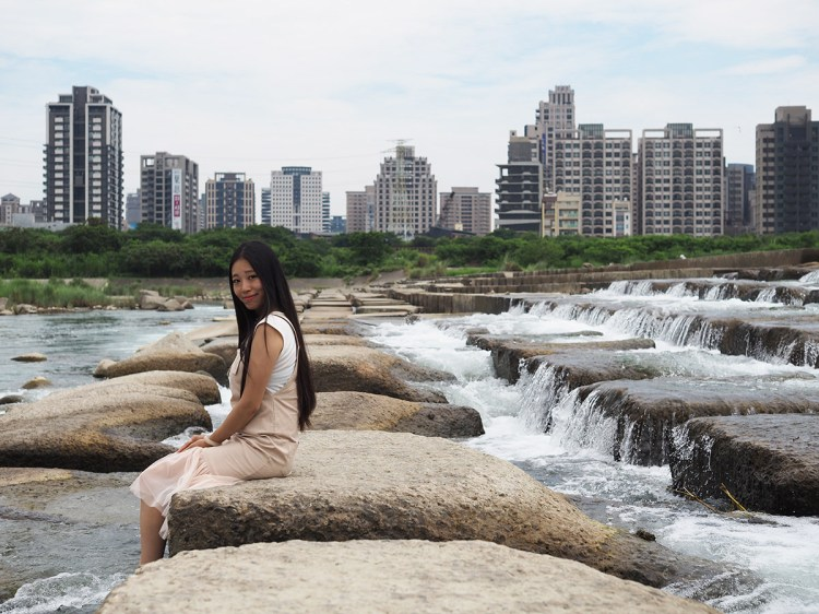 新竹》頭前溪 絕美豆腐岩 岩石美景 |攝影師的私房景點