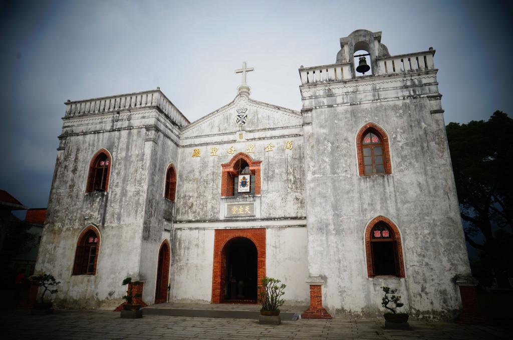 【遊記*屏東】  刻劃歷史的萬金聖母教堂  3D 聖誕光雕秀