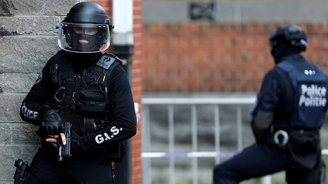 Weapons & detonators, police uniforms found as 2 suspected terrorists detained in Belgium