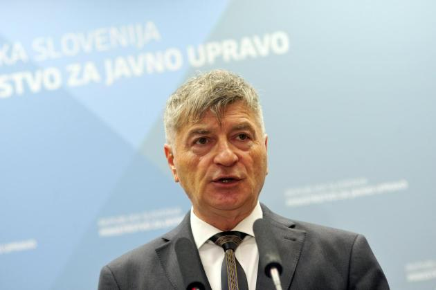 Minister Rudi Medved is aware that the warning about the possible negative effects of 5G technology on human health cannot be completely refuted on the basis of studies carried out so far.  Photo: BoBo / Borut Živulović