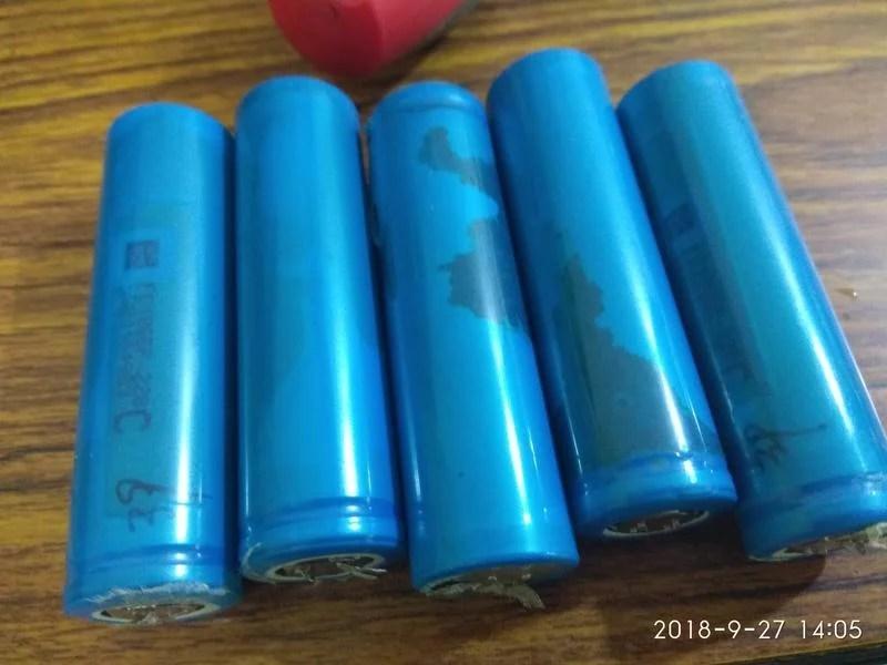 18650動力鋰電池。五個50元。無電壓研究用 - 露天拍賣