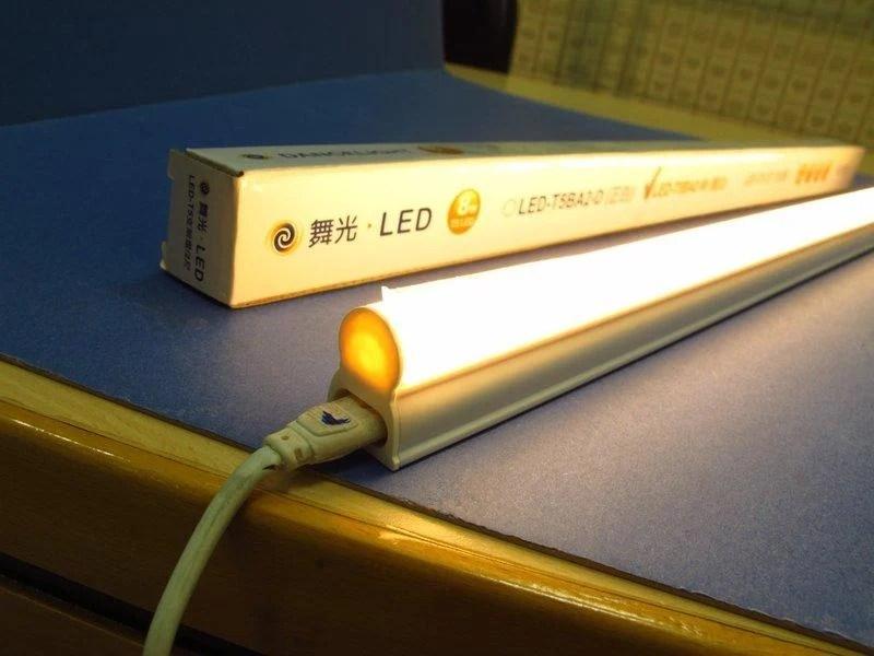 舞光 LED T5 全電壓 支架燈 3尺 14W (正白 / 暖白) 一體成型 臺灣製造 - 露天拍賣