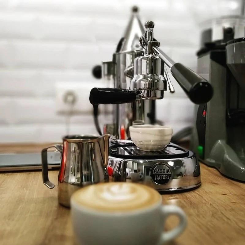 二手~義大利製造GAGGIA拉霸咖啡機(Factory105/同La Pavoni) - 露天拍賣