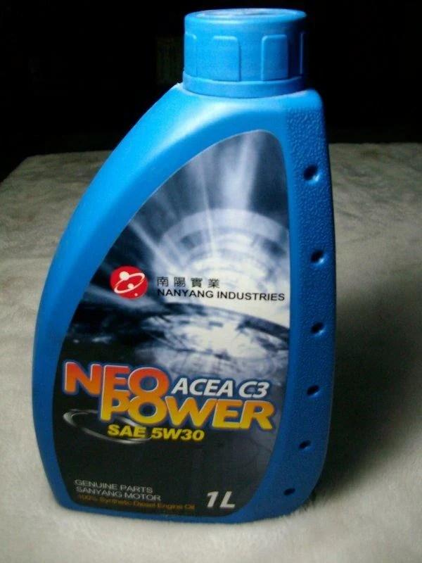 現代汽車原廠C3認證德國機油(非韓國機油)《深藍瓶裝道達爾》柴油用 - 露天拍賣