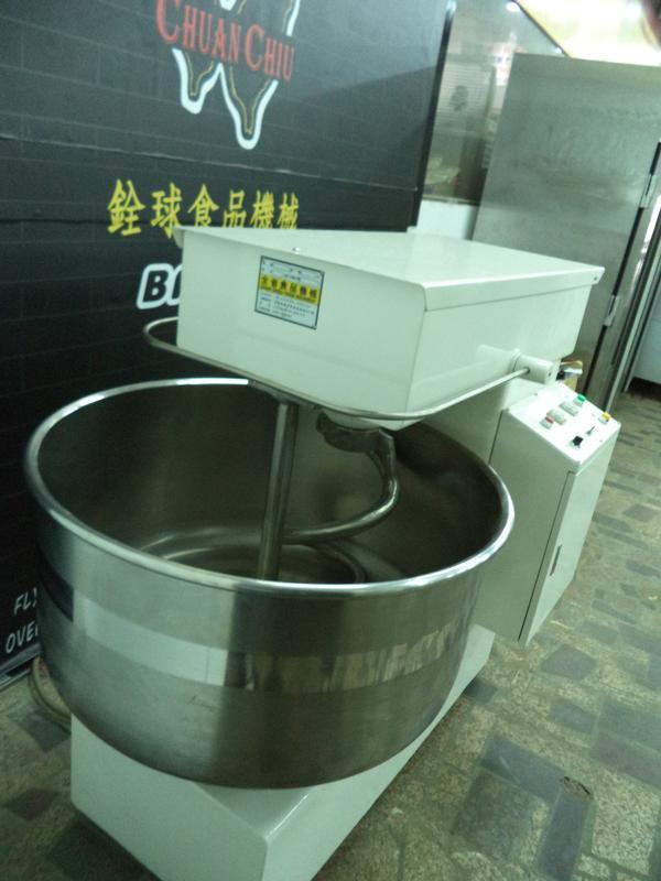 銓球食品機械【中古四包螺旋攪拌機/另售烤箱.凍藏庫.乾燥機】 | 露天拍賣