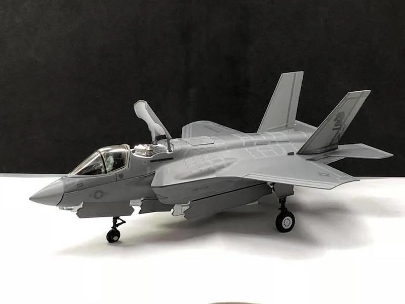 【模王】 F-35B F35B 美軍 最新 垂直起降 戰鬥機 比例 1/72 合金飛機完成品 Air Force1 - 露天拍賣