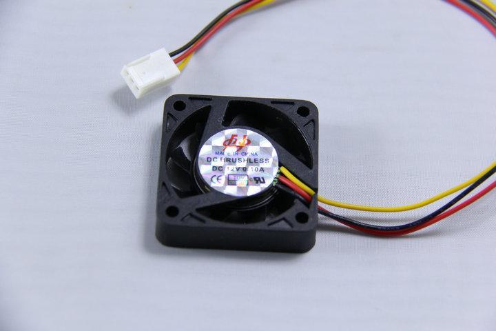 顯卡/顯示卡 南北橋 4mm/3針 靜音風扇 /散熱器 **4吋** - 露天拍賣