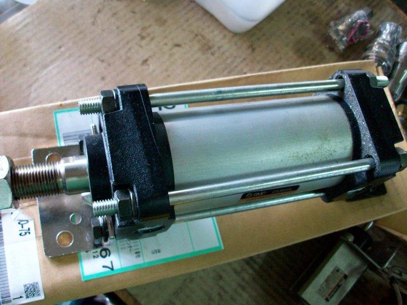 SMC CDA1BN50-75 氣壓缸 - 露天拍賣
