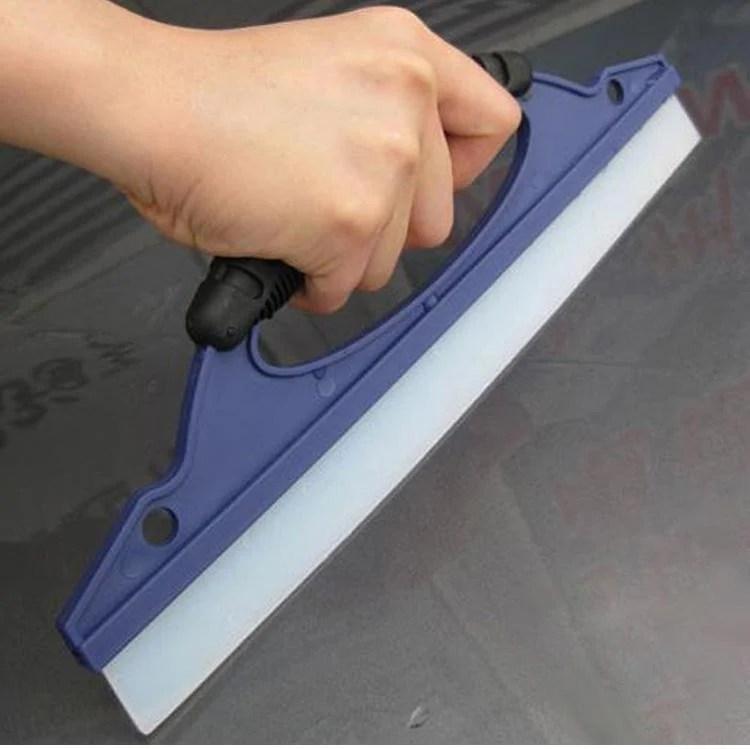 汽車刮水器 一字型玻璃刮刀 除水矽膠刮片 TPR刮水板 優質膠條 人體工學握把 by 鈦晶殿 - 露天拍賣