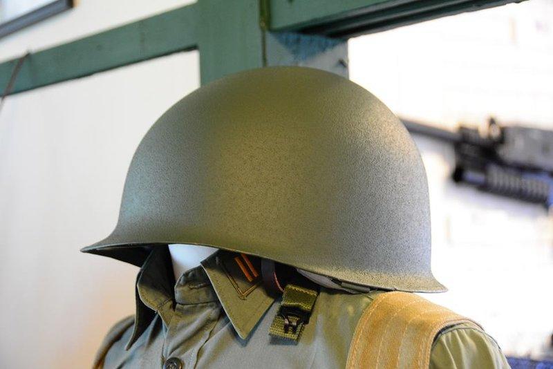 二戰抗戰韓戰國軍美軍M1鋼盔(附二戰盔帶) 中正式鋼盔 M1盔 雙層盔 - 露天拍賣