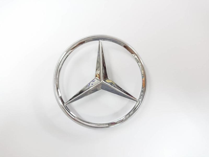 圓夢工廠 賓士 Benz 星標 logo 原廠 A2037580058 2003 SL63 AMG 後車廂標誌 7cm - 露天拍賣