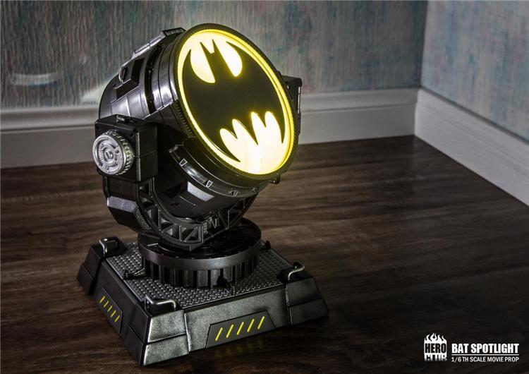 【sammi toys】代購 HeroClub 1/6 蝙蝠投射燈 12吋人偶用 蝙蝠俠 BATMAN - 露天拍賣