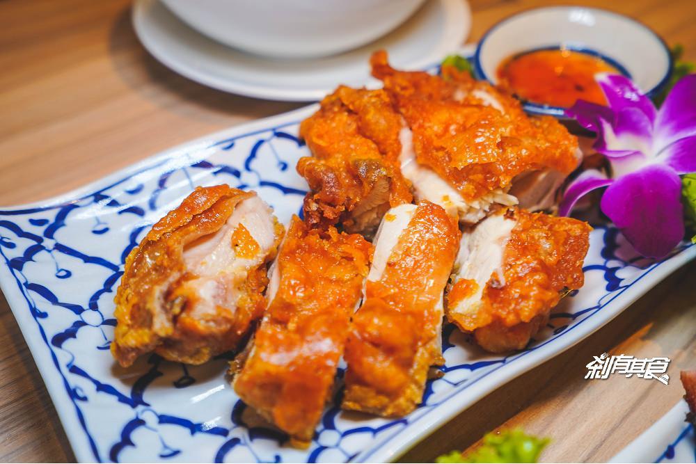 洛查理泰式料理 | 臺中東區美食 網友高評價的泰式餐廳 適合朋友家庭聚餐 (合菜式點餐/好停車) – 剎有其食