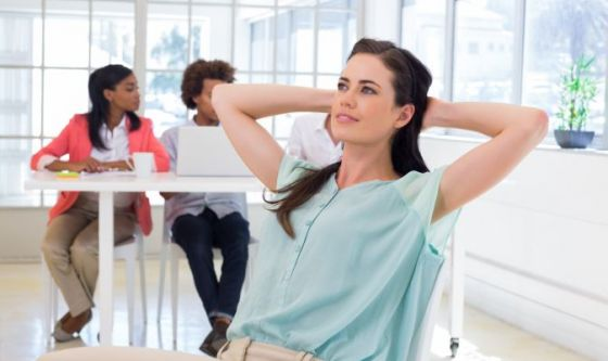 esercizi di pilates da fare in ufficio