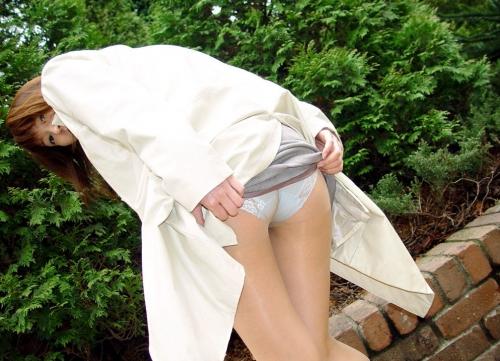 【三次】パンツ見えてる女の子のエロ画像part2・21枚目
