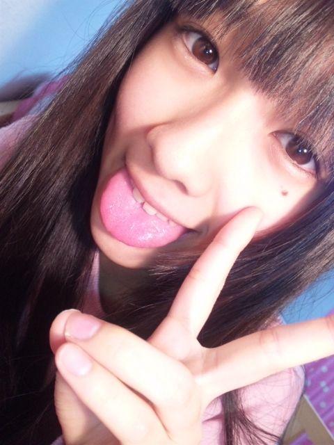 【三次】♀タレントの舌出し画像part3・30枚目
