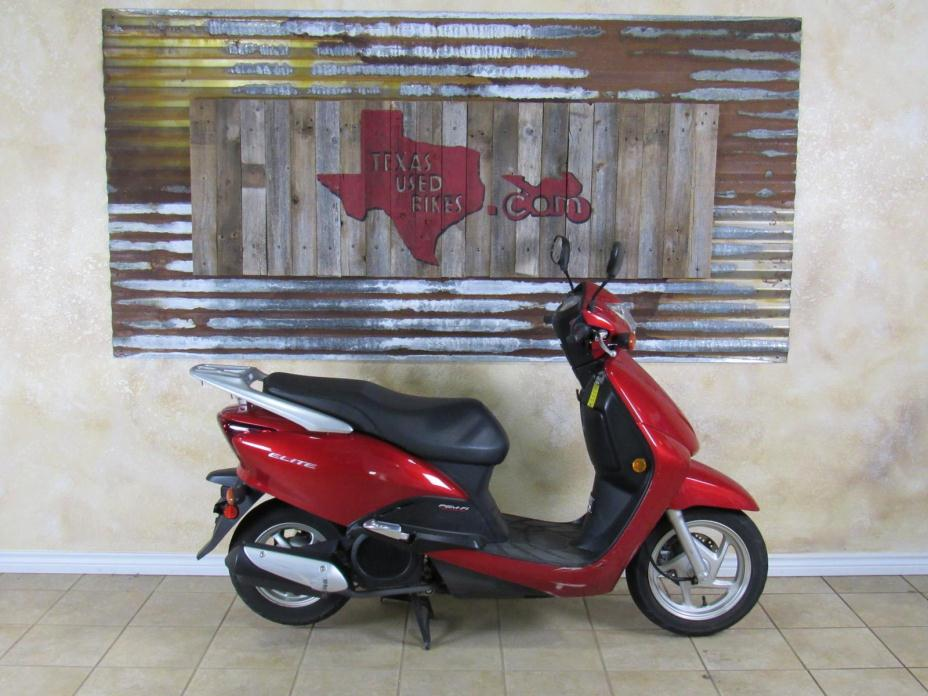 Elite Honda Scooter 150 1985