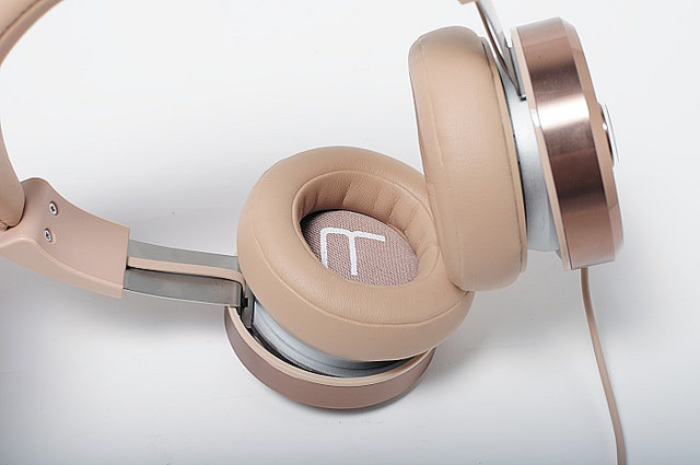 TiinLab耳一號 WT201 耳罩式耳機開箱分享. 周董魔幻調音師 - Sinchen 3C部落格