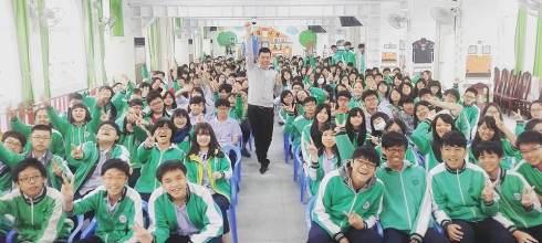 【生涯發展教育週會講座】民權國中 青春不設限-白日夢冒險王 講師:吳鑫