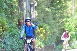 2012年我的單車環島1000KM DAY1 北宜公路九彎十八拐