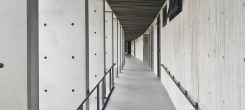 【手機攝影教學022】如何用手機拍出大樓建築物外觀及室內設計好照片?5個重要技巧!