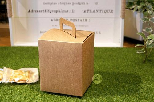 提盒_方型牛皮無印(壓木紋)_5入/包_3-2923003 產地:臺灣 材質:紙質 尺寸規格:長約10.