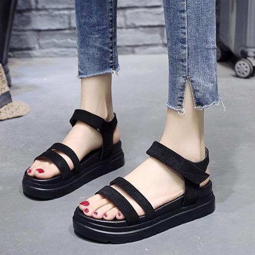 春夏新款時尚百搭休閒鬆糕厚底一字帶平底沙灘涼鞋