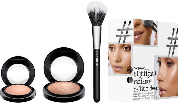 Mac MAC Highlight and Radiance Exclusive Kit - Medium Deep (Worth 83.00)