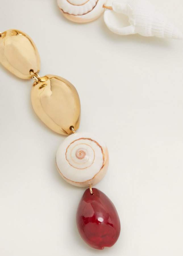 Shell pendant earrings