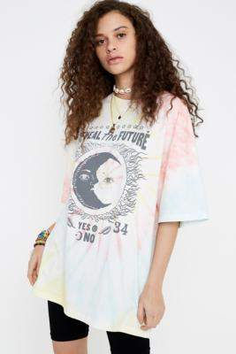 Urban Outfitters UO Reveal The Future Dad T-Shirt