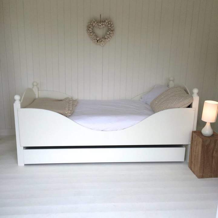 Sandman Home and Garden Bed And Trundle Drawer, Sleigh Bed