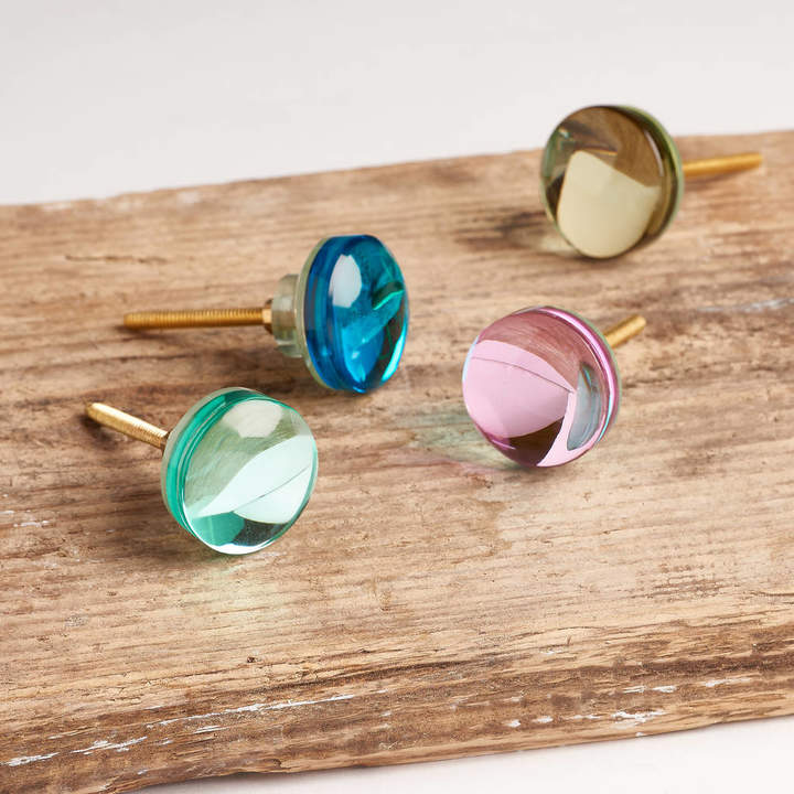 horsfall & wright Set Of Four Pastel Glass Knobs