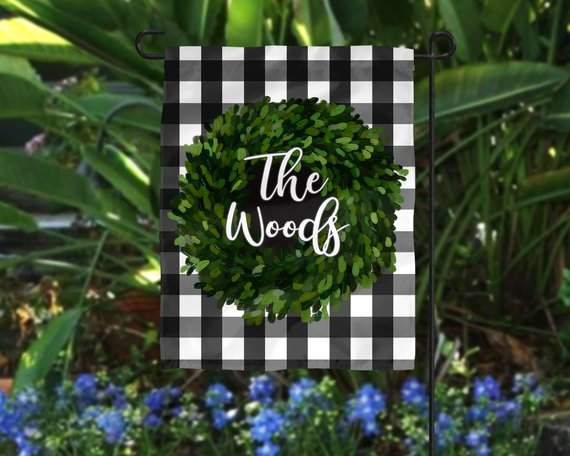 Personalized Garden Flag | Boxwood Wreath | Personalized Flag | Yard Flag | Garden Decor | House Flag | Housewarming Gift | Hostess Gift