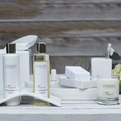 The White Company Flowers Luxury Gift Set