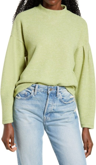 Kirious light green mock neck sweater