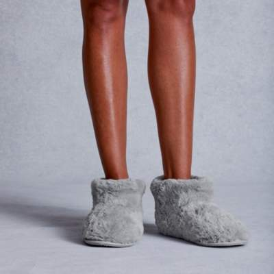 The White Company Textured Faux-Fur Slipper Boots