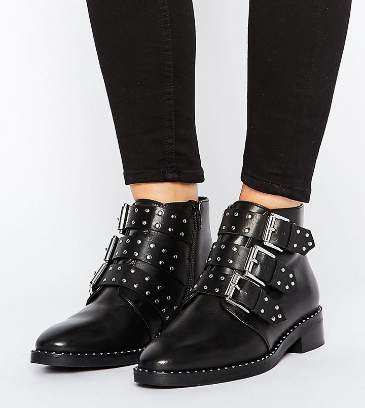 Asos Design ASOS ASHER Wide Fit Leather Studded Ankle Boots