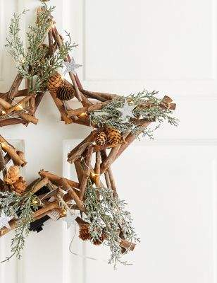 Marks and Spencer 18 inch Lit Rustic Star Wreath