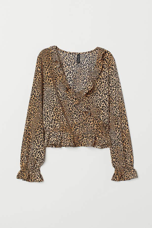 Flounced blouse